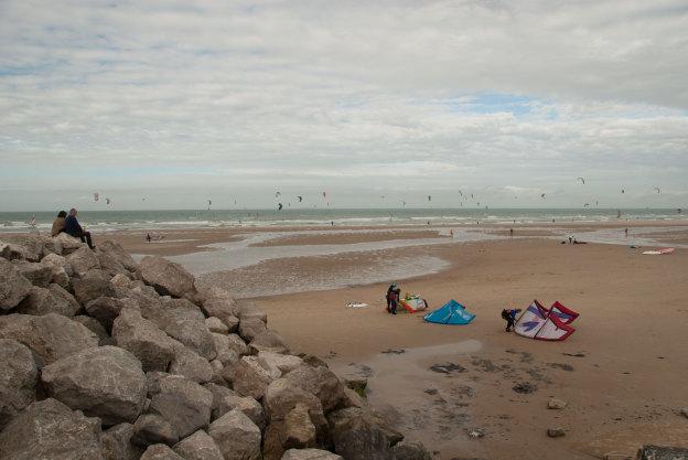 Kitesurfing op het strand van Wissant